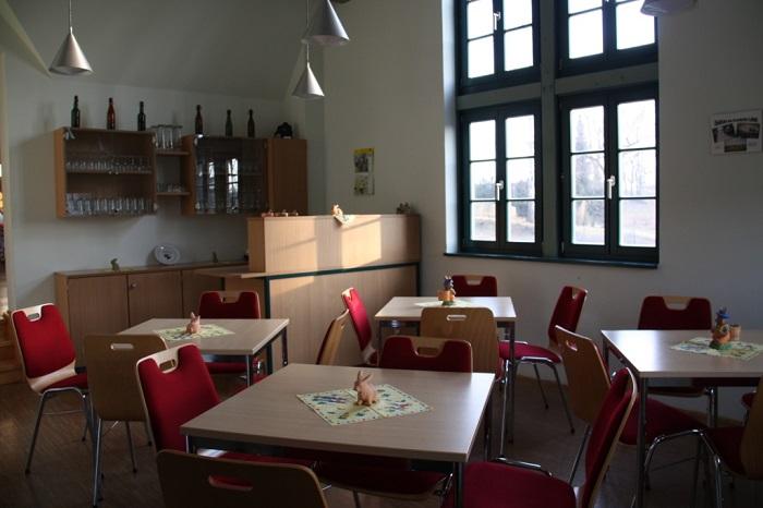 Arnsdorf Dorfgemeinschaftshaus kleiner Raum