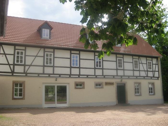 """Neues Begegnungszentrum der Evangelischen Kirchgemeinde in Pappendorf. Das Haus wurde auf den Namen """"Hoffnung"""" getauft und konnte im Herbst 2011 seiner Bestimmung übergeben werden."""