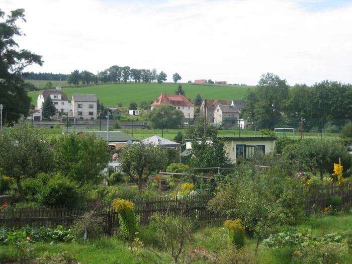 """Die Kleingartenanlage des Kleingartenvereins """"Grüne Aue e. V."""" in Böhrigen."""