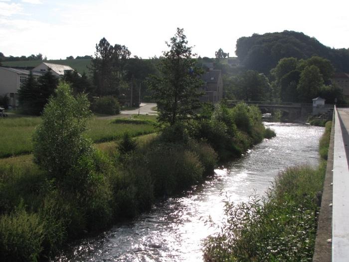 """Die hier so beschaulich fließende """"Striegis"""" bescherte Böhrigen 2002 das Jahrhunderthochwasser."""